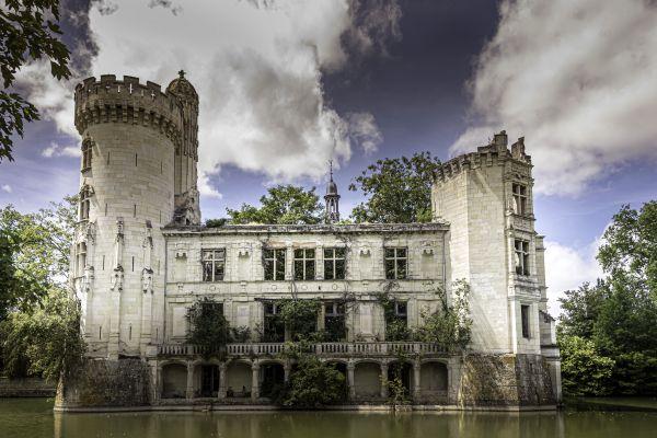 chateau-sauve-yvelise-ballu0AAD2A58-4443-A695-B802-E34889F16658.jpg
